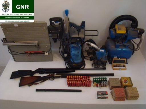 Material Furtado e Armas Apreendidas